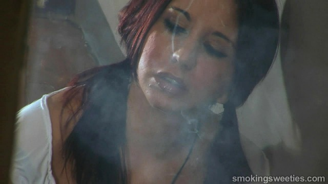 The Smoking Schoolgirls Voyeur - Tania