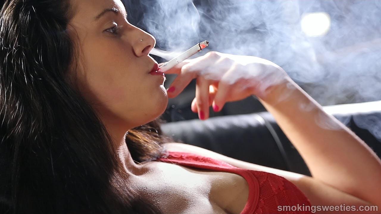 Teresa: Lolita Smokes
