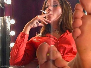 Evelyn: bare feet smoker