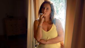 Nuria: Smoking girl becomes a woman