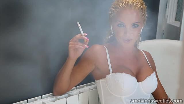 Vanessa: l'emblema della fumatrice