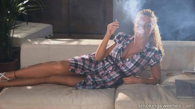 Vanessa: Chain Smoking Girl