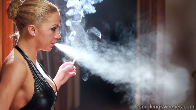 Vanessa: Smoking Machine 3
