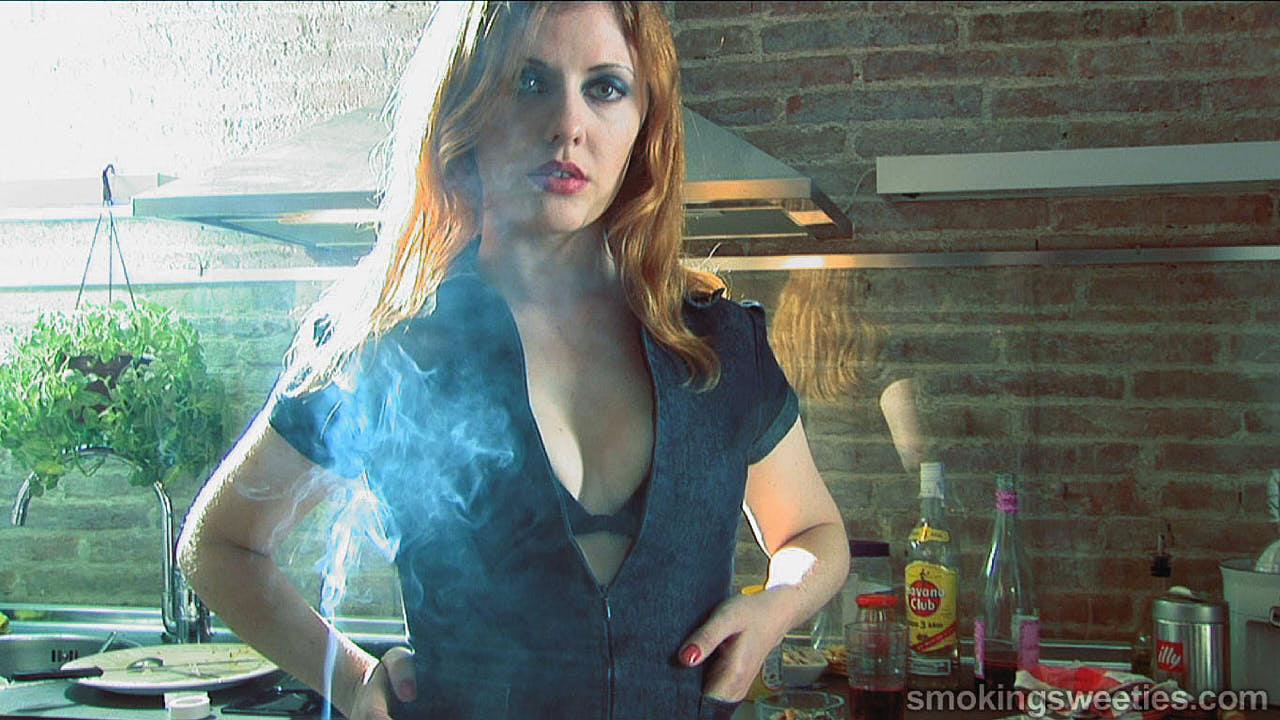 Venus O'Hara: The Irish Smoking Wife
